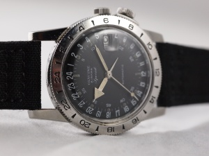 Glycine Airman Side Angle