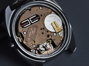 Omega f300 Movement 1