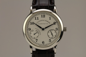 Lange 1815 Movement Feature